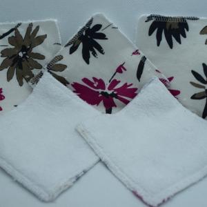 lingettes réutilisables à fleurs